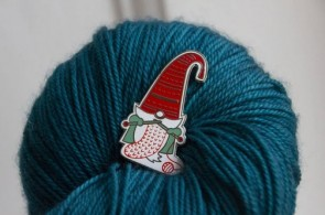 PINS KNIT GNOME